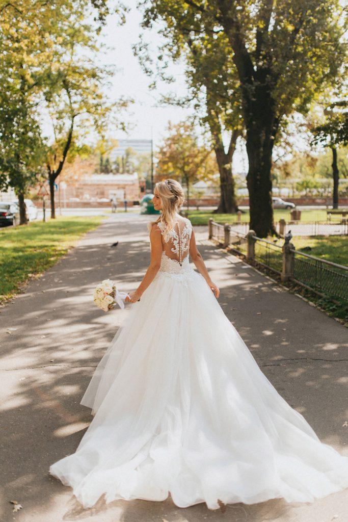 Zagreb vjencanje photo session vjenčanica s šlepom